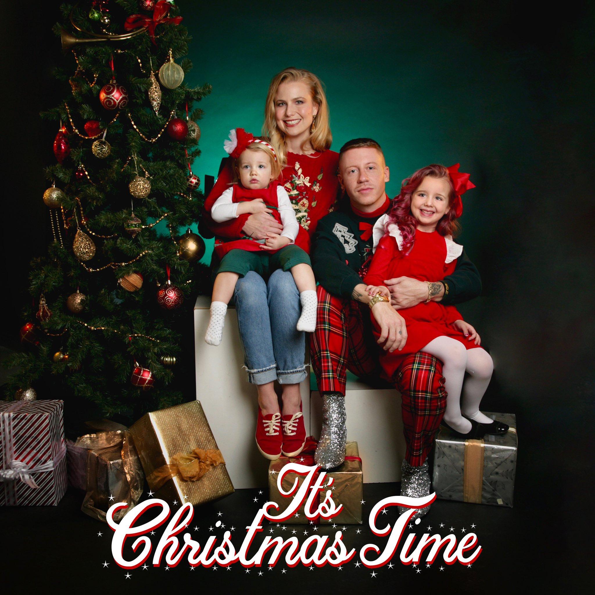 【クリスマスの新曲】MACKLEMORE – IT'S CHRISTMAS TIME (FEAT. DAN CAPLEN)
